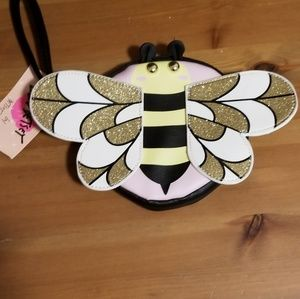 Nwt bumblebee wristlet Luv Betsy coin purse